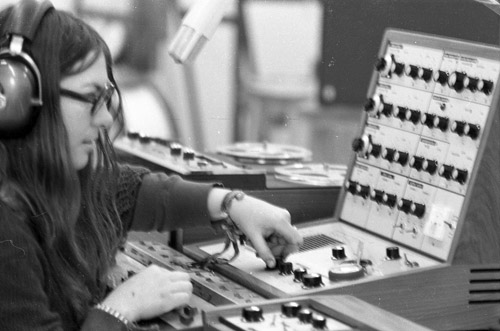 Barbara Allen using VCS3 synthesizer