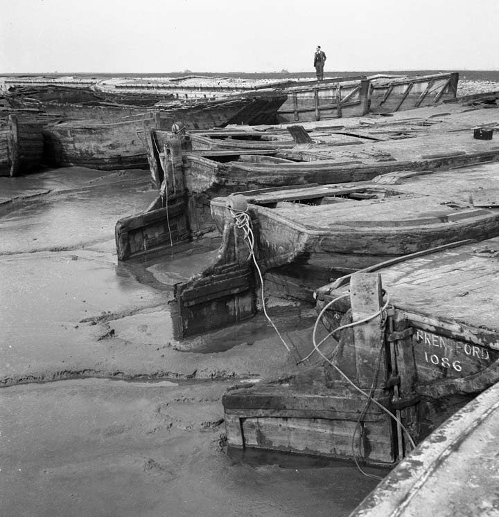 The Long Memory-Barges at Gravesend.