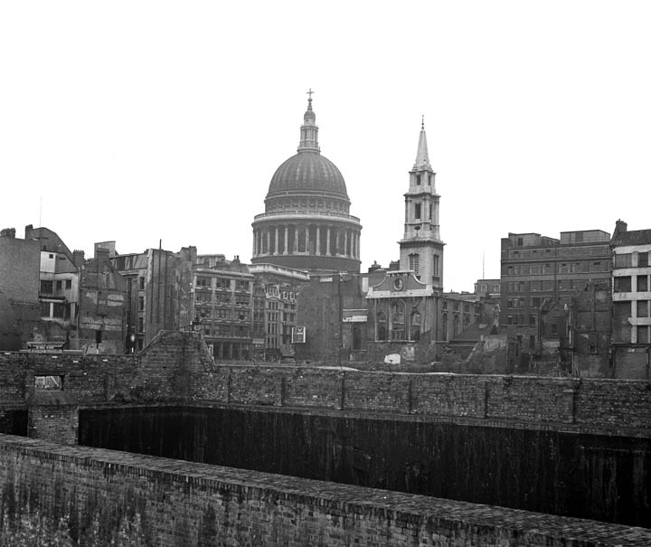 St.Pauls 1952-St. Paul's Cathedral and St. Vedast alias Foster to the right just about survived.